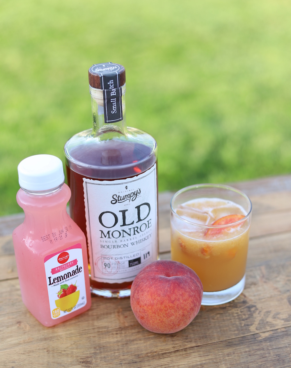 Peach Bourbon Smash Cocktail Recipe