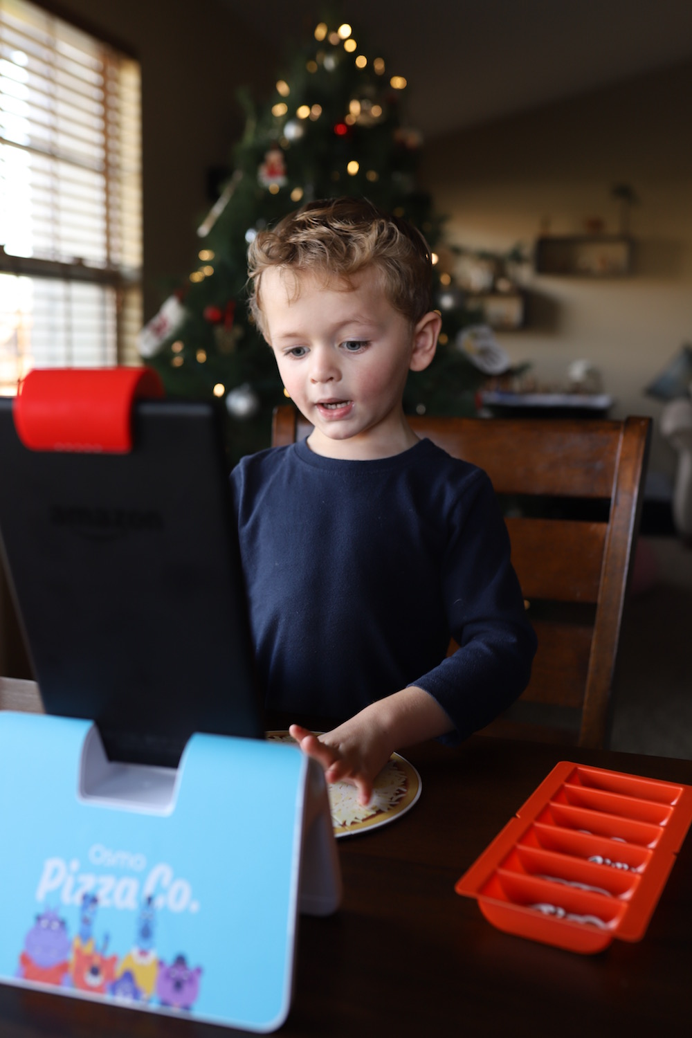 Give the gift of Osmo this holiday season - Take screen time to the next level with hands-on learning and play with Osmo!