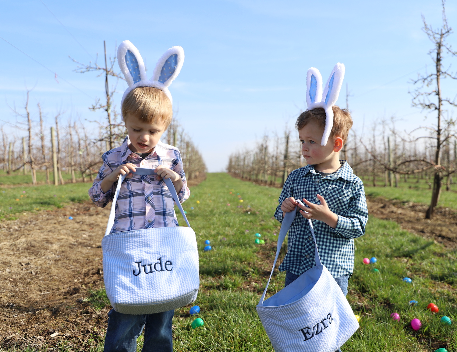 Personalized Easter Bunnies and Baskets from Peekawhoo - A must have for any Easter gift basket! By Liz of lizrotz.com