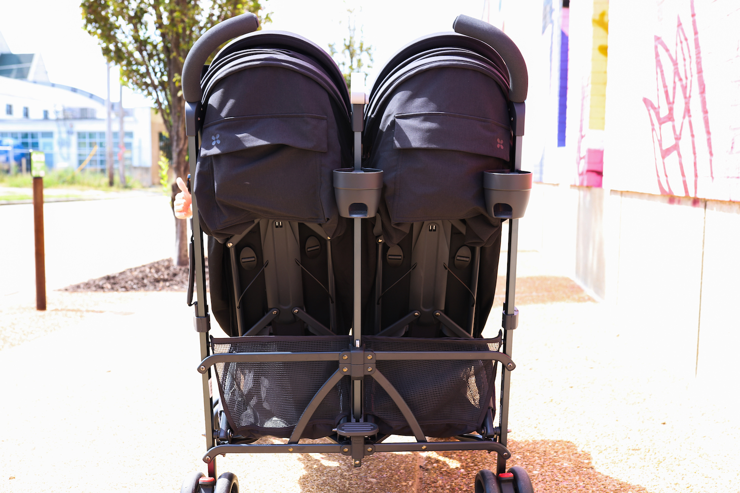 My honest review of the UPPAbaby G-LINK 2, a side-by-side double umbrella stroller! From Liz of lizrotz.com