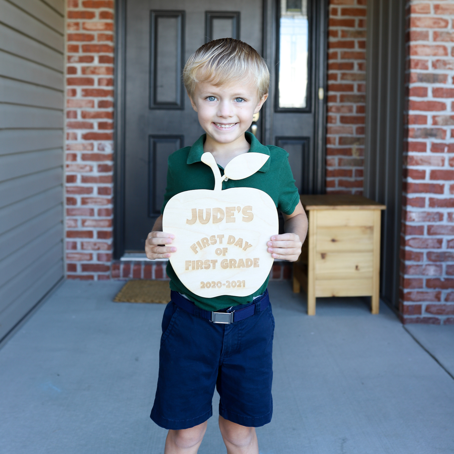 Get To Know The Teacher Free Printable - Teacher gift ideas for the first day of school!